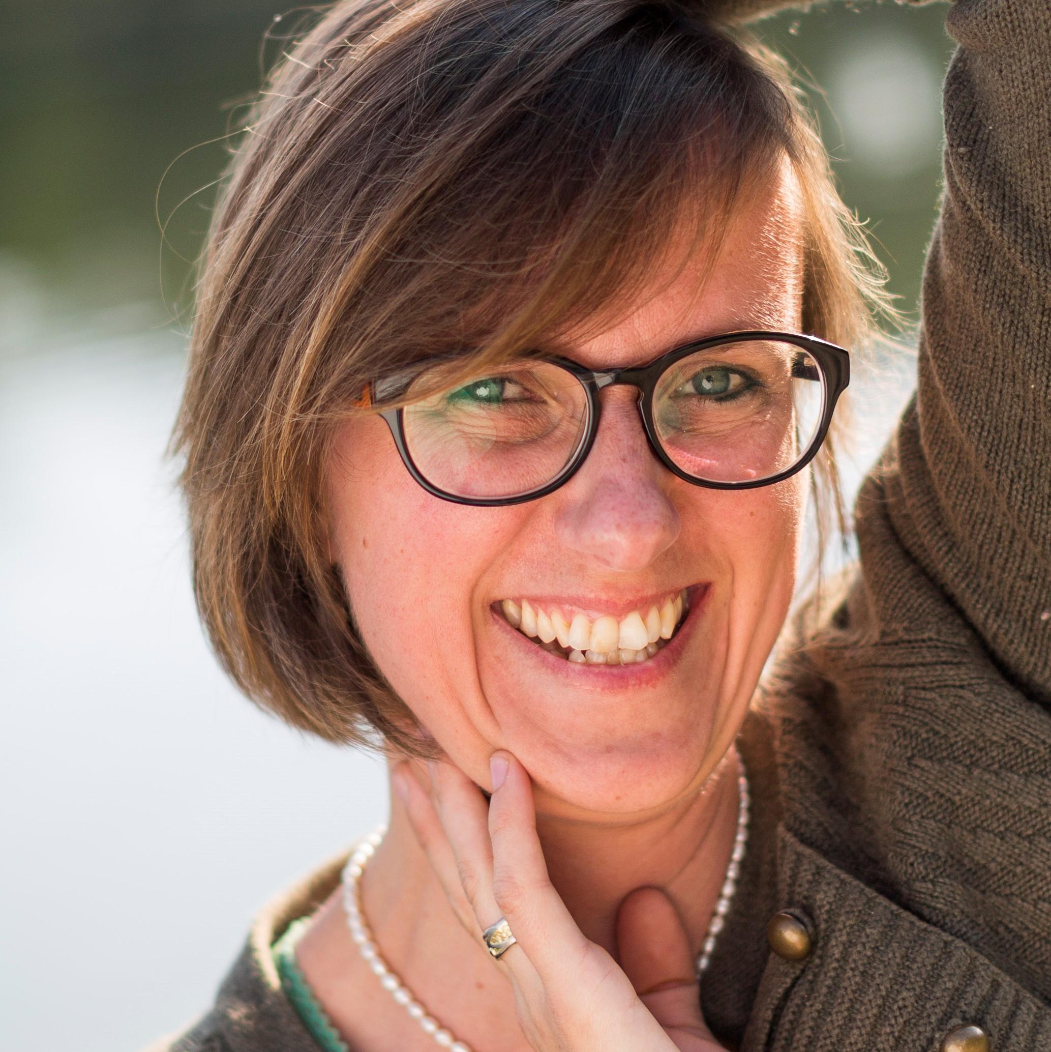 Pasfoto - Iris Kleinlugtenbelt